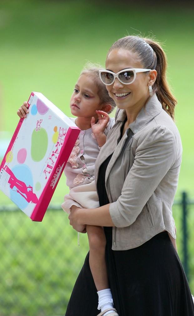 Le jeu consiste à apprendre les bases cosmétiques aux enfants....