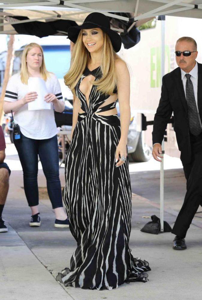 Jennifer Lopez : elle se la joue sexy sur le tournage d'American Idol !