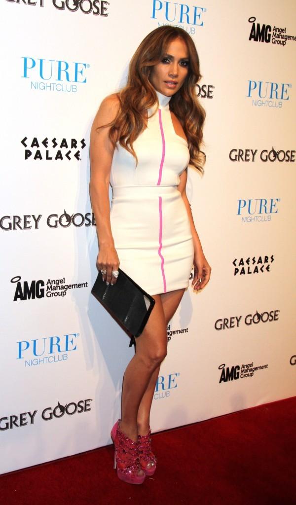Jennifer Lopez au Pure Nightclub à Las Vegas, le 25 septembre 2011.