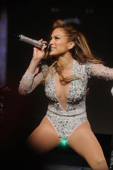 Jennifer Lopez en concert dans le New-Jersey le 30 juin 2014