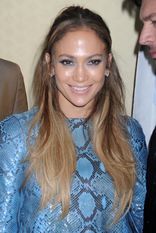 Photos : Jennifer Lopez : petite mine, elle opte pour le bleu à défaut de voir la vie en rose !