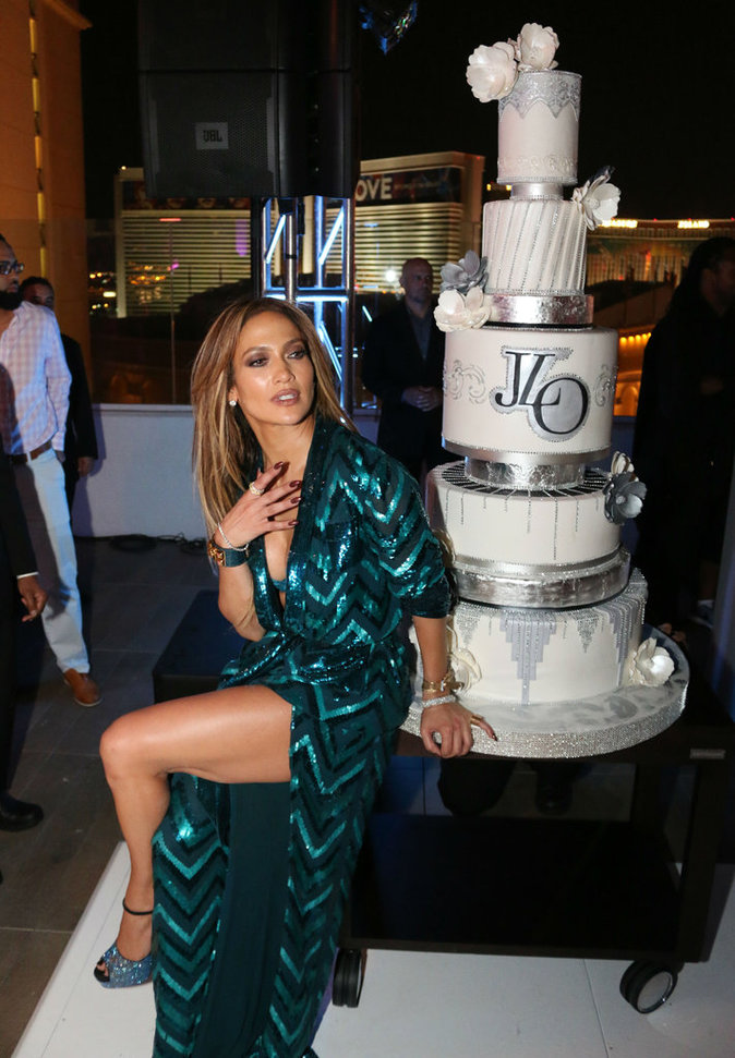 J Lo toujours aussi sexy !