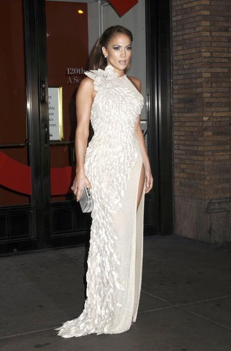 Jennifer Lopez à son arrivée aux Glamour 2011 Women of the Year Awards !