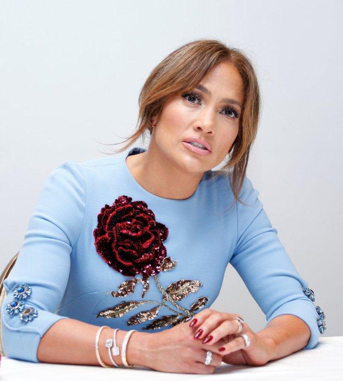 Photos : Jennifer Lopez twerke comme une jeune première!
