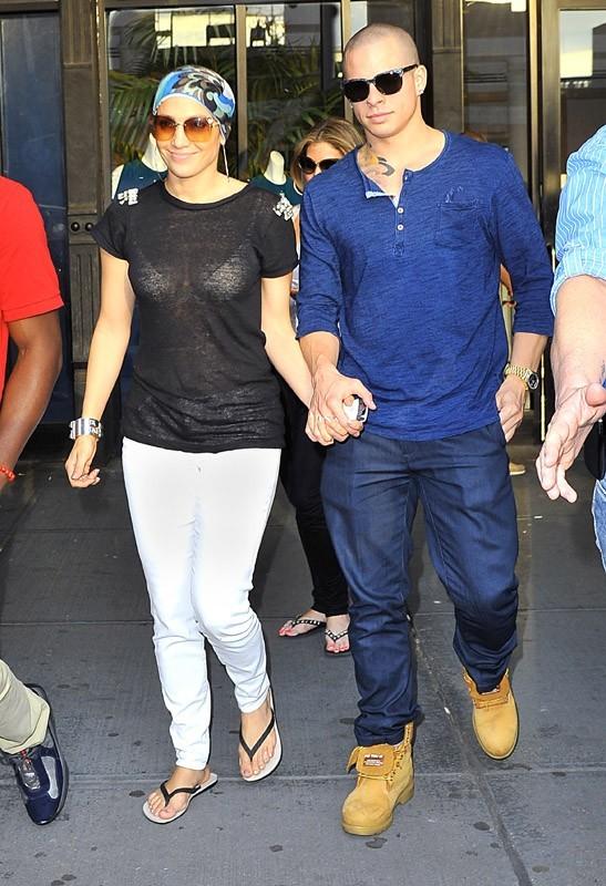 Jennifer Lopez et Casper Smart se baladent à New York