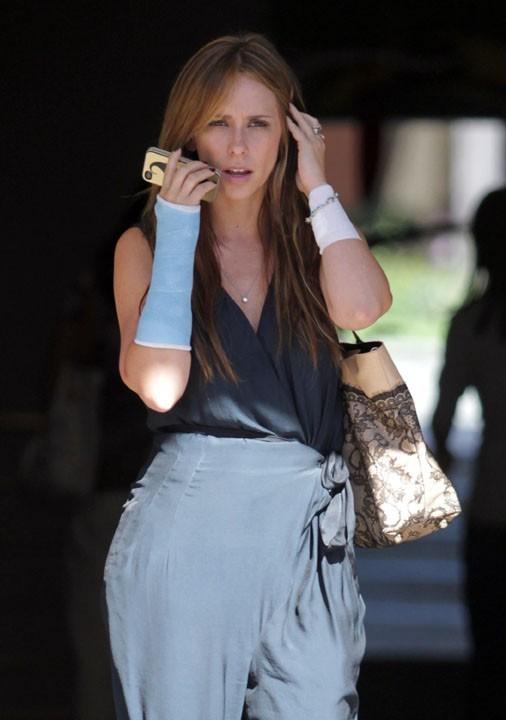 Jennifer Love Hewitt à Los Angeles le 15 octobre 2012