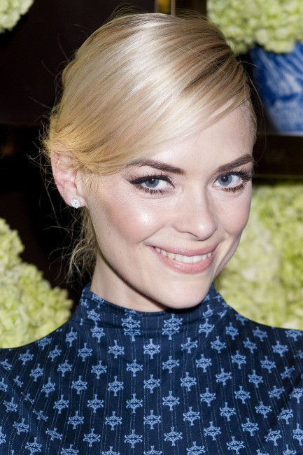 Jaime King lors de l'inauguration de la nouvelle boutique Tory Burch à Los Angeles, le 14 janvier 2014.