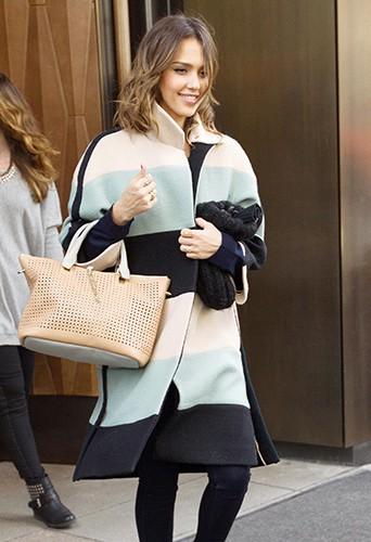 Jessica Alba à New-York le 5 mars 2014