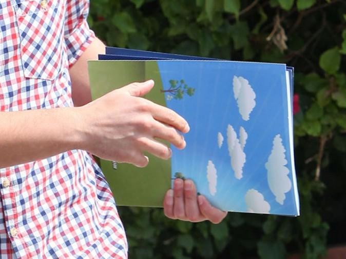 Ils repartent avec des brochures d'information, c'est bon signe !