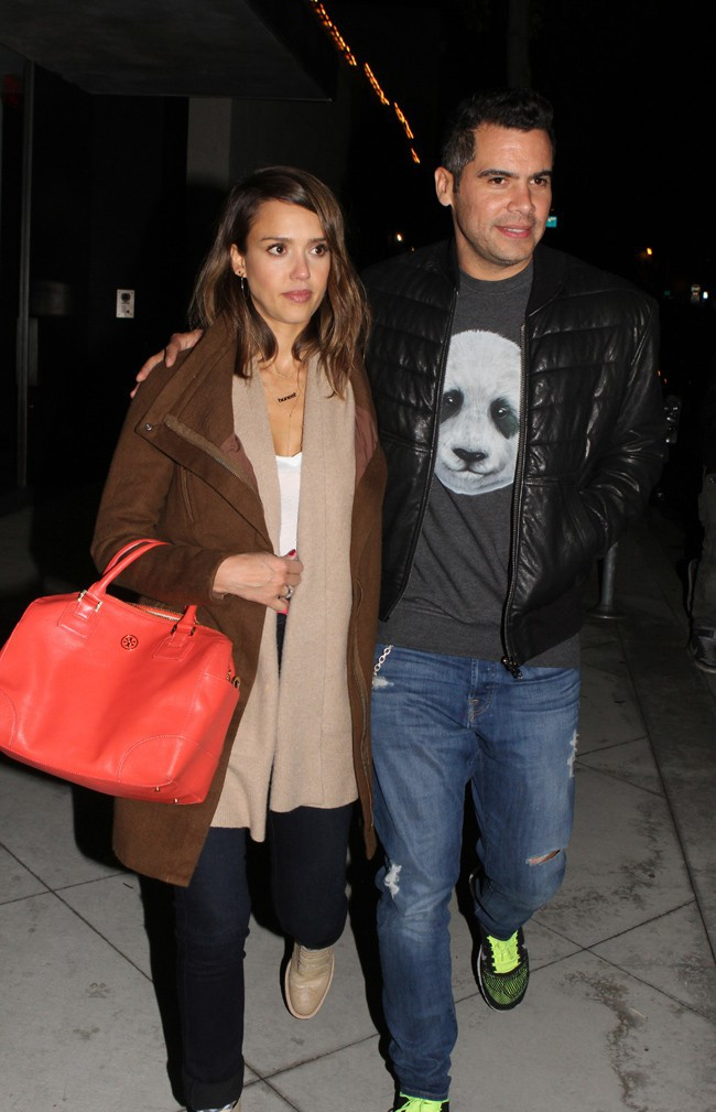 Jessica Alba et Cash Warren à West Hollywood le 4 février 2014