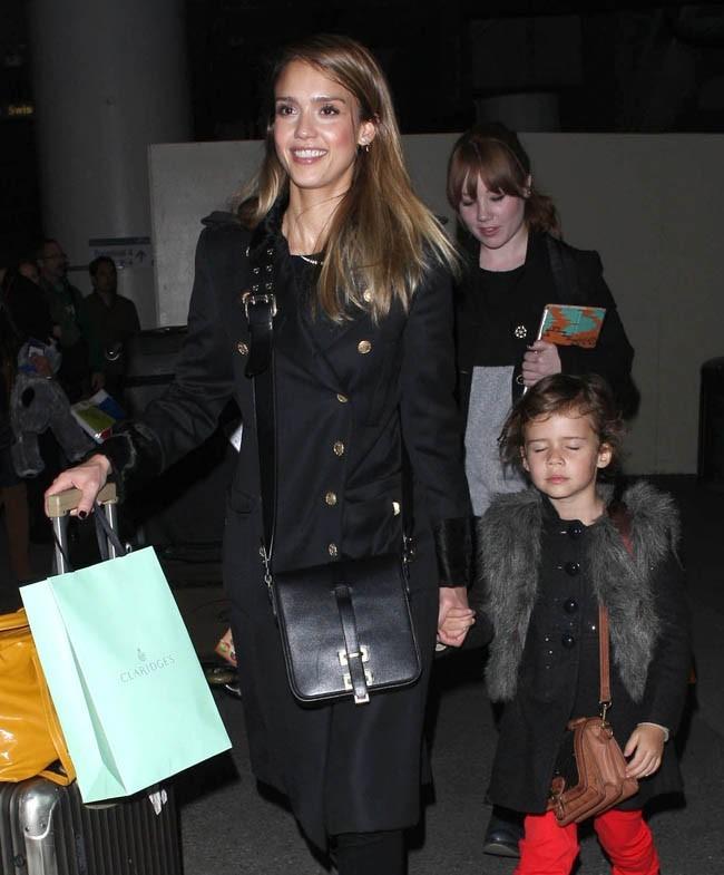 Jessica Alba et sa fille Honor Marie le 6 décembre 2012 à Los Angeles