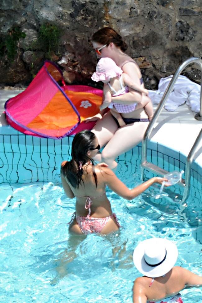 Jessica Alba en vacances le 11 juillet 2012 à Amalfi