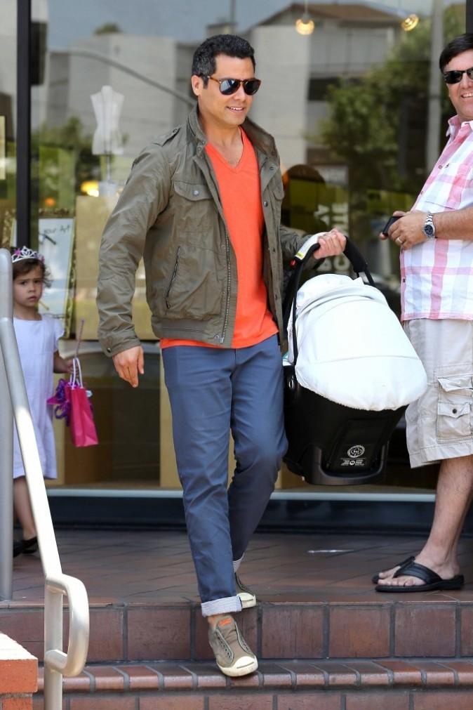 Cash Warren et sa petite Haven lors de l'anniversaire de sa fille Honor à Los Angeles, le 9 juin 2012.