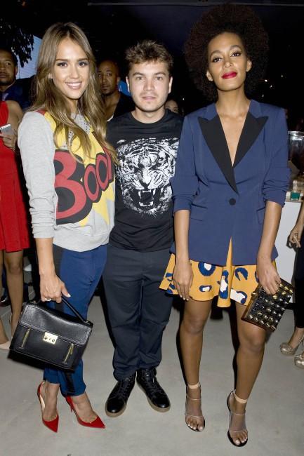 Jessica Alba, Emile Hirsch et Solange Knowles lors d'un événement mode à New York, le 5 septembre 2013.