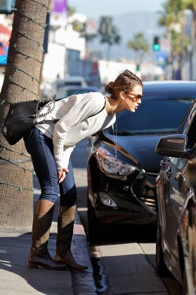 Jessica Alba, Beverly Hills, 12 décembre 2012.
