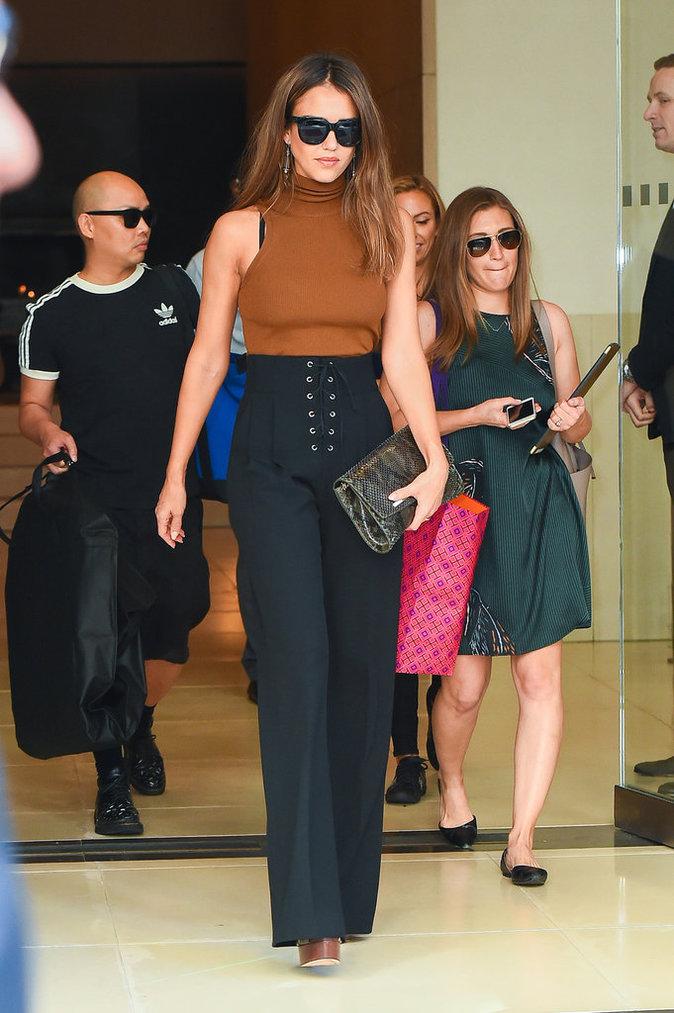 Jessica Alba est sublime avec cette tenue