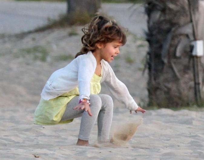 Honor, la fille de Jessica Alba à Santa Monica, le 17 février 2013.