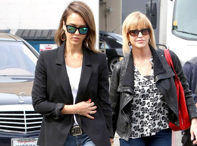 Jessica Alba : le look jean/ballerines de mère en fille !