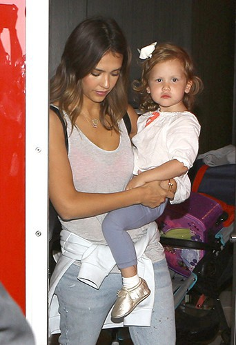 Jessica Alba et sa petite Haven à Los Angeles le 16 septembre 2014