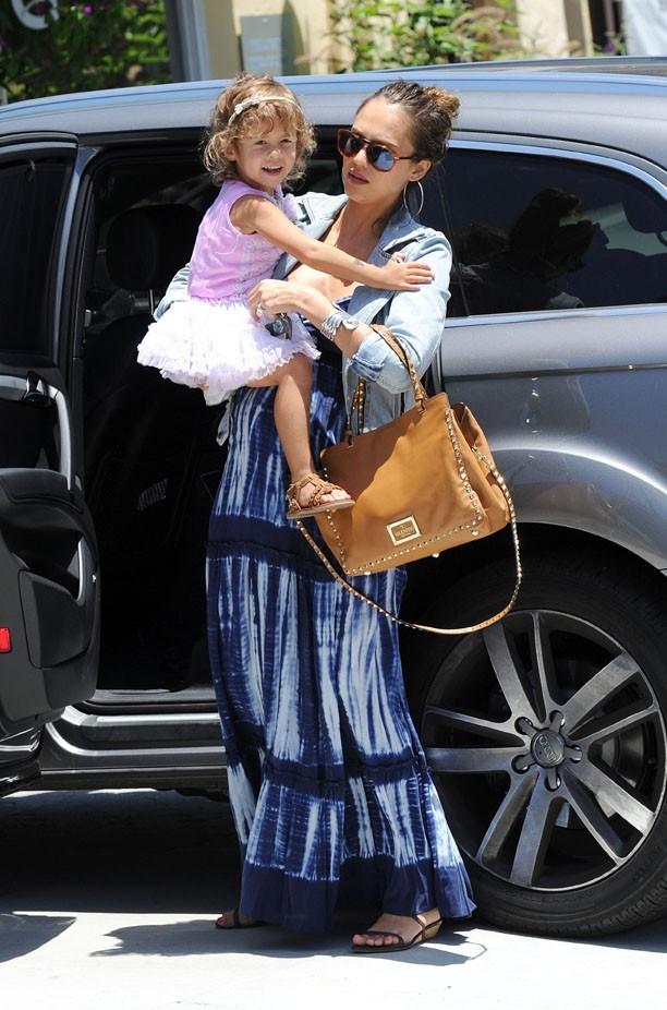 Honor a toujours besoin des bras de sa maman chérie !