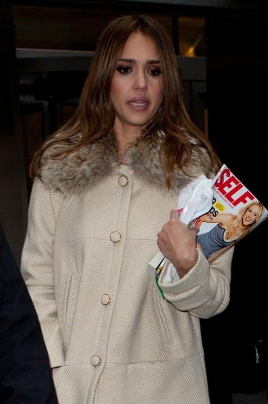 On sait ce qu'elle lit !