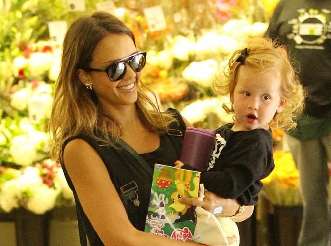 jessica alba restait toujours fashion quand même au supermarché