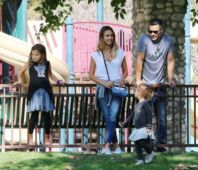 Jessica Alba : tendres moments en famille...