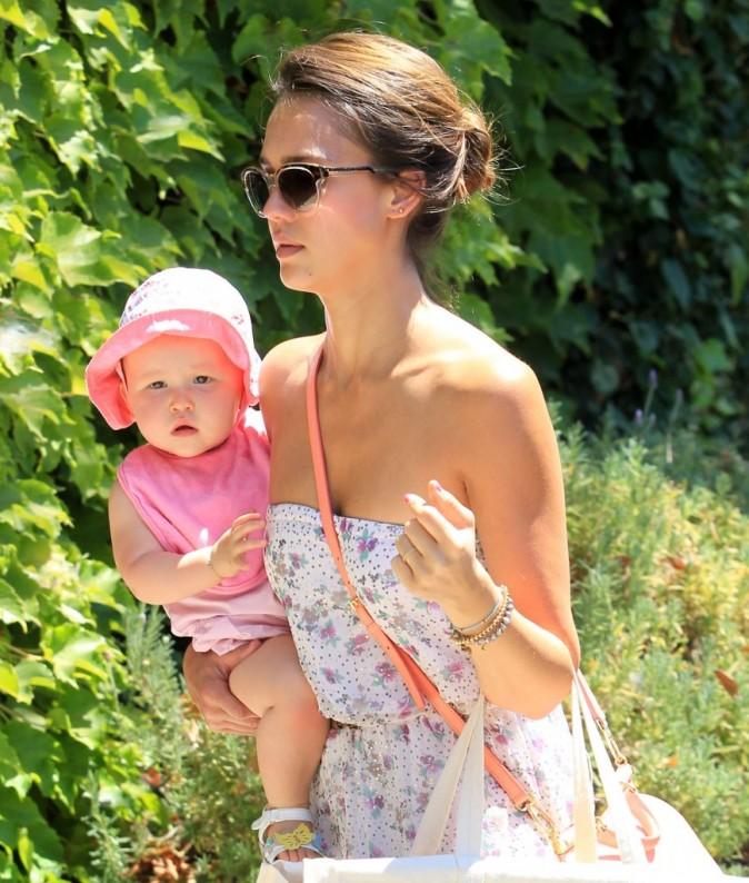 Jessica Alba et sa fille Haven à Hollywood, le 5 août 2012.