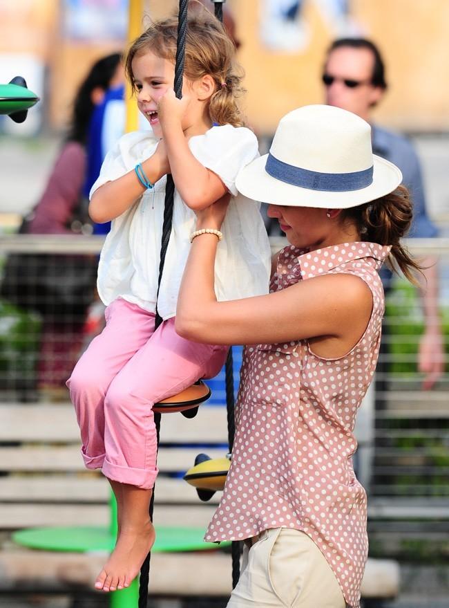 Jessica Alba et Honor Marie le 26 juillet 2012 à New York