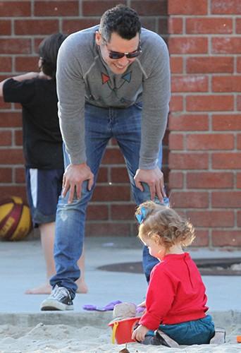 Cash Warren en famille à Los Angeles le 1er février 2014