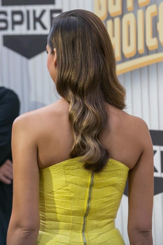 Jessica Alba sur le tapis rouge des Guys Choice Awards, à Culver City, le 8 juin 2013