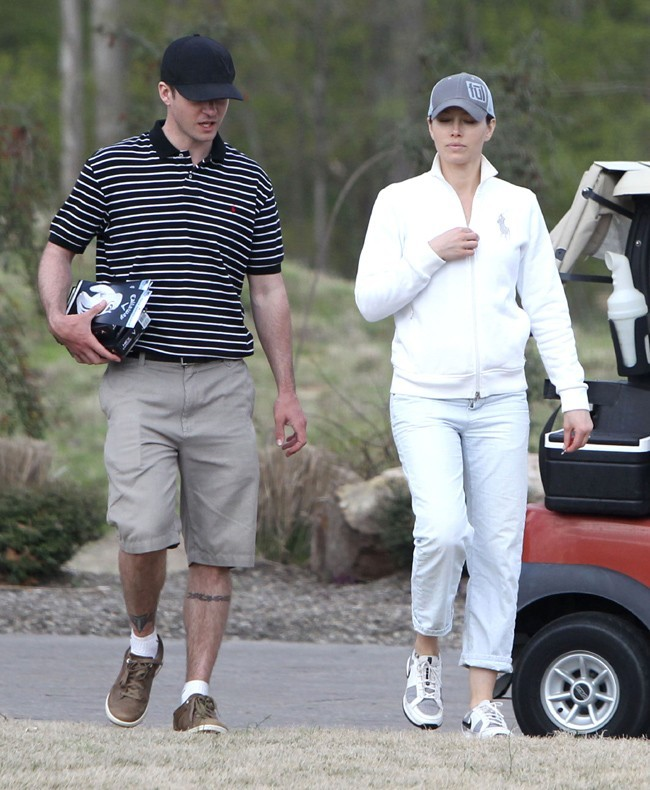 Jessica Biel et Justin Timberlake à la sortie du green de Millington le 14 avril 2013