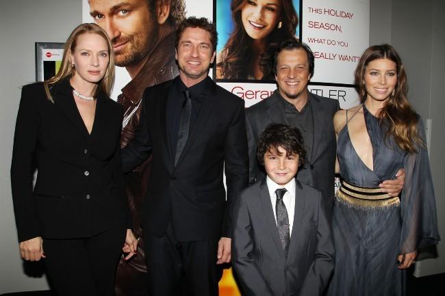 """Uma Thurman, Gerard Butler, Noah Lomax, Gabriele Muccino et Jessica Biel lors de la première du film """"Playing for Keeps"""" à New York, le 5 décemb..."""
