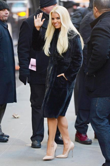 Jessica Simpson sur le plateau de Good Morning America à New York, le 7 janvier 2014.
