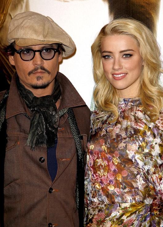 Avec la délicieuse Amber Heard, la co-star de Rhum Express