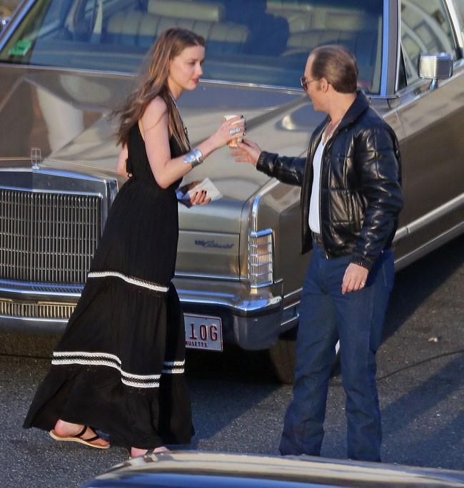 Johnny Depp et Amber Heard à Boston le 2 juin 2014