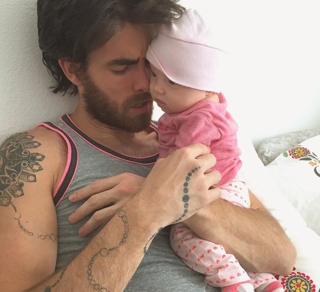 Photos : Jonathan (Secret Story 3) : un papa complètement gaga de Jetaime !