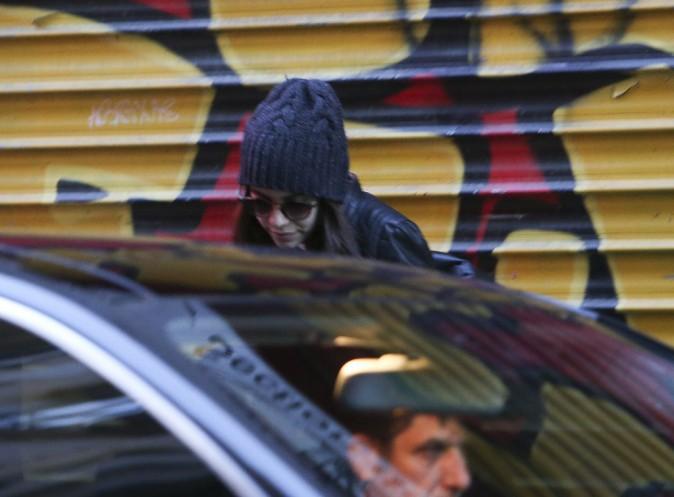 Josh Hutcherson et Claudia Traisac entretiennent la flamme à Paris !