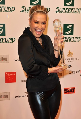 La chanteuse Anastacia a fondé il y a dix ans la Breast Cancer Research Fund, qui permet de sensibilier sur les risques de cancer du sein.
