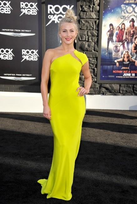 Julianne Hough lors de la première du film Rock of Ages à Los Angeles, le 8 juin 2012.
