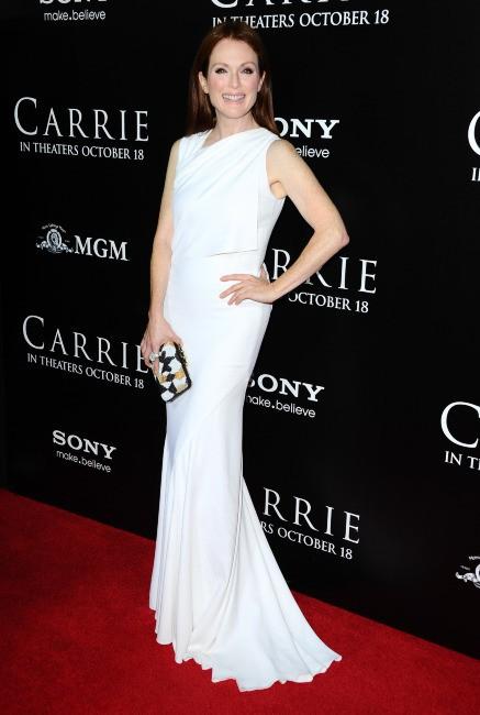 """Julianne Moore lors de la première du film """"Carrie"""" à Hollywood, le 7 octobre 2013."""