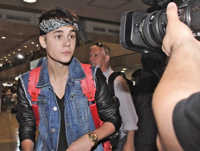 Justin Bieber à l'aéroport de Narita le 9 juillet 2012
