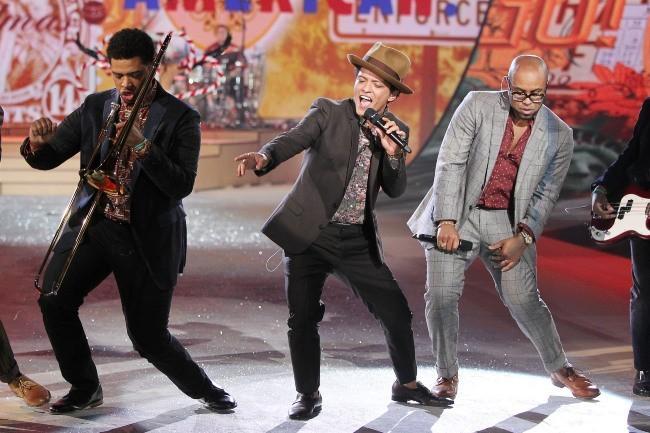 Bruno Mars lors du défilé Victoria's Secret à New york, le 7 novembre 2012.