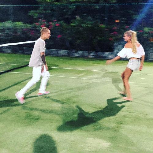 Justin Bieber et Hailey Baldwin s'éclatent ensemble