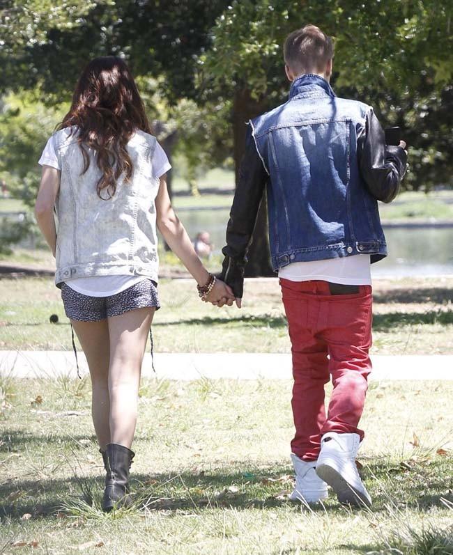 Justin Bieber et Selena Gomez le 30 juin 2012 à Los Angeles