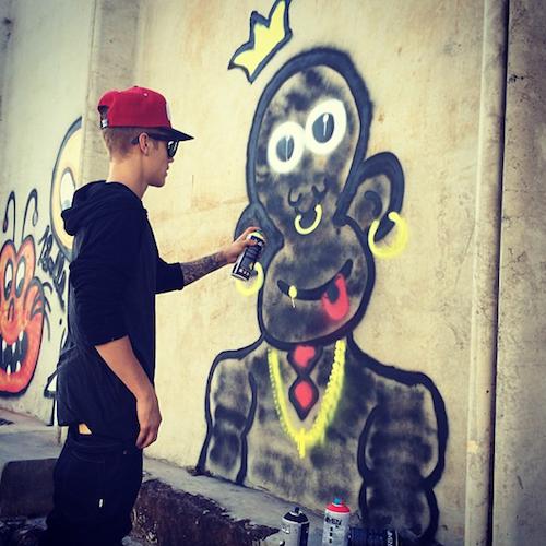 Photos : Justin Bieber : incontrôlable ? Découvrez le top 5 de ses scandales !
