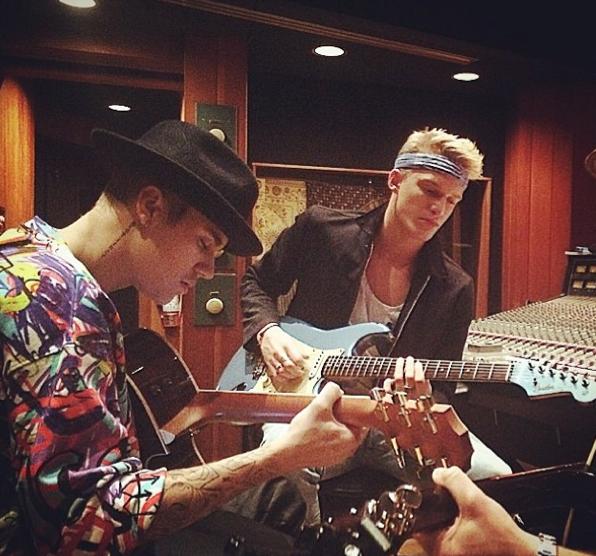 Justin Bieber et Cody Simpson en studio !