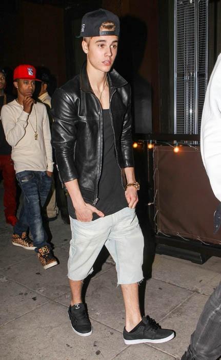 Justin Bieber s'offre une soirée entre potes !