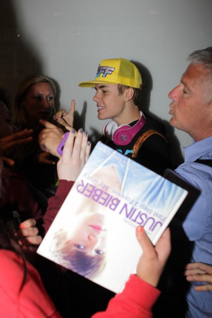 Justin organise lui-même l'émeute !