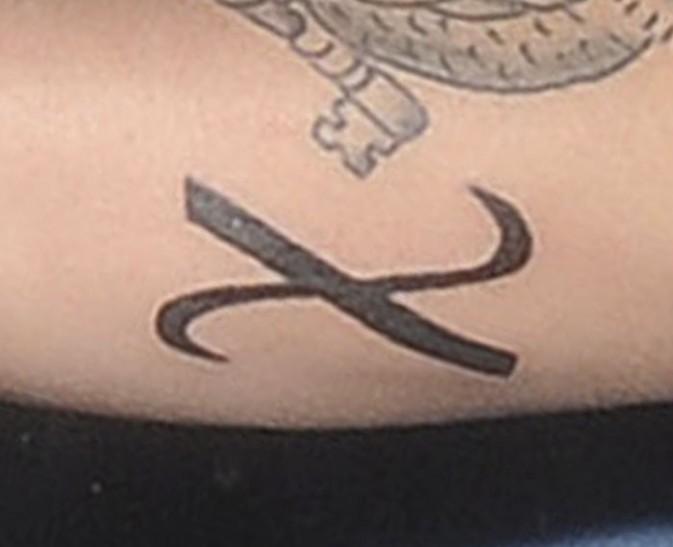 Justin Bieber avec son nouveau tatouage à Londres le 25 février 2013